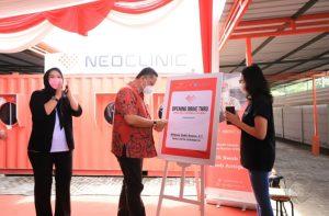 Layanan Swab Tes Drive Thru Jadi Pilihan Puluhan Warga Surabaya
