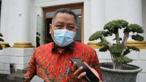 Plt Wali Kota Surabaya Berharap Layanan Drive Thru Tes Covid-19 Diperbanyak